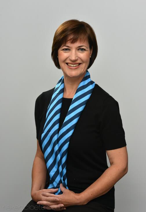 Headshots scarf